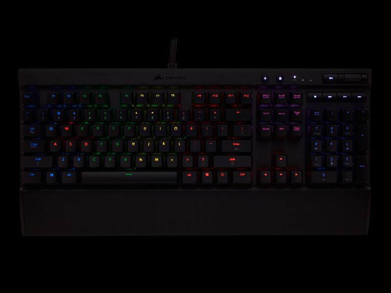 teclado-mecanico-corsair-k70-rgb-02